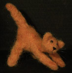 oranje kater van wol